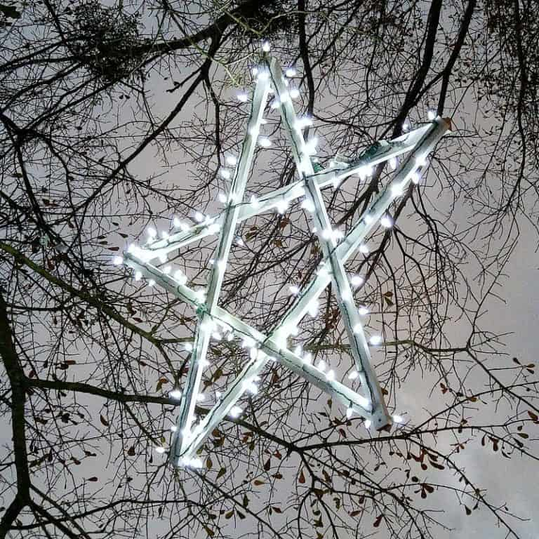 Diy wooden outdoor stars