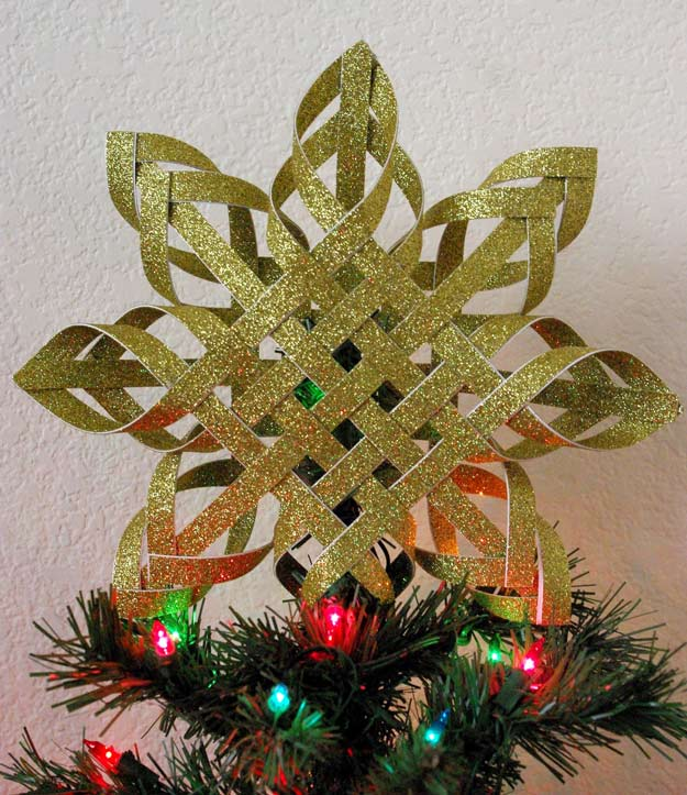 Diy woven paper christmas topper