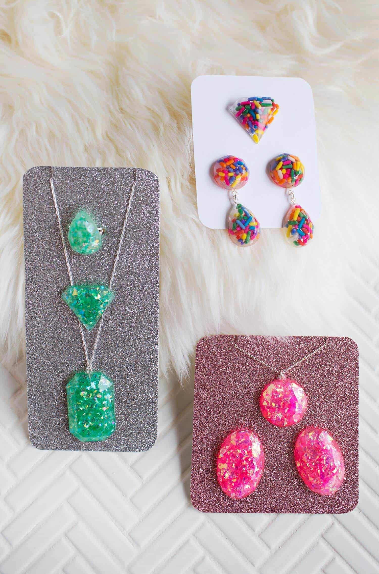 Epoxy resin jewelry diy