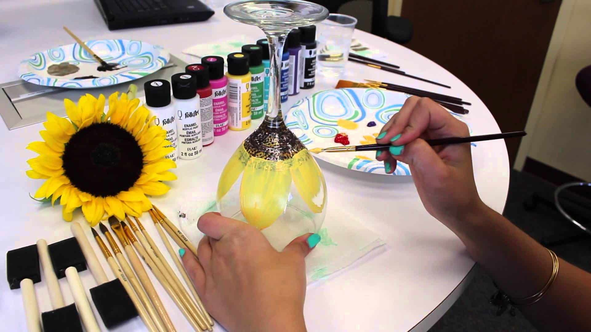 How to paint flowers on wine glasses