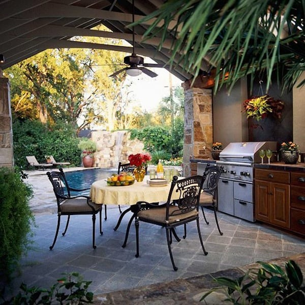 Outdoor kitchen dining idea