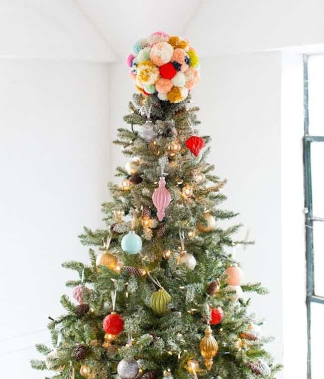 Pom pom tree topper diy