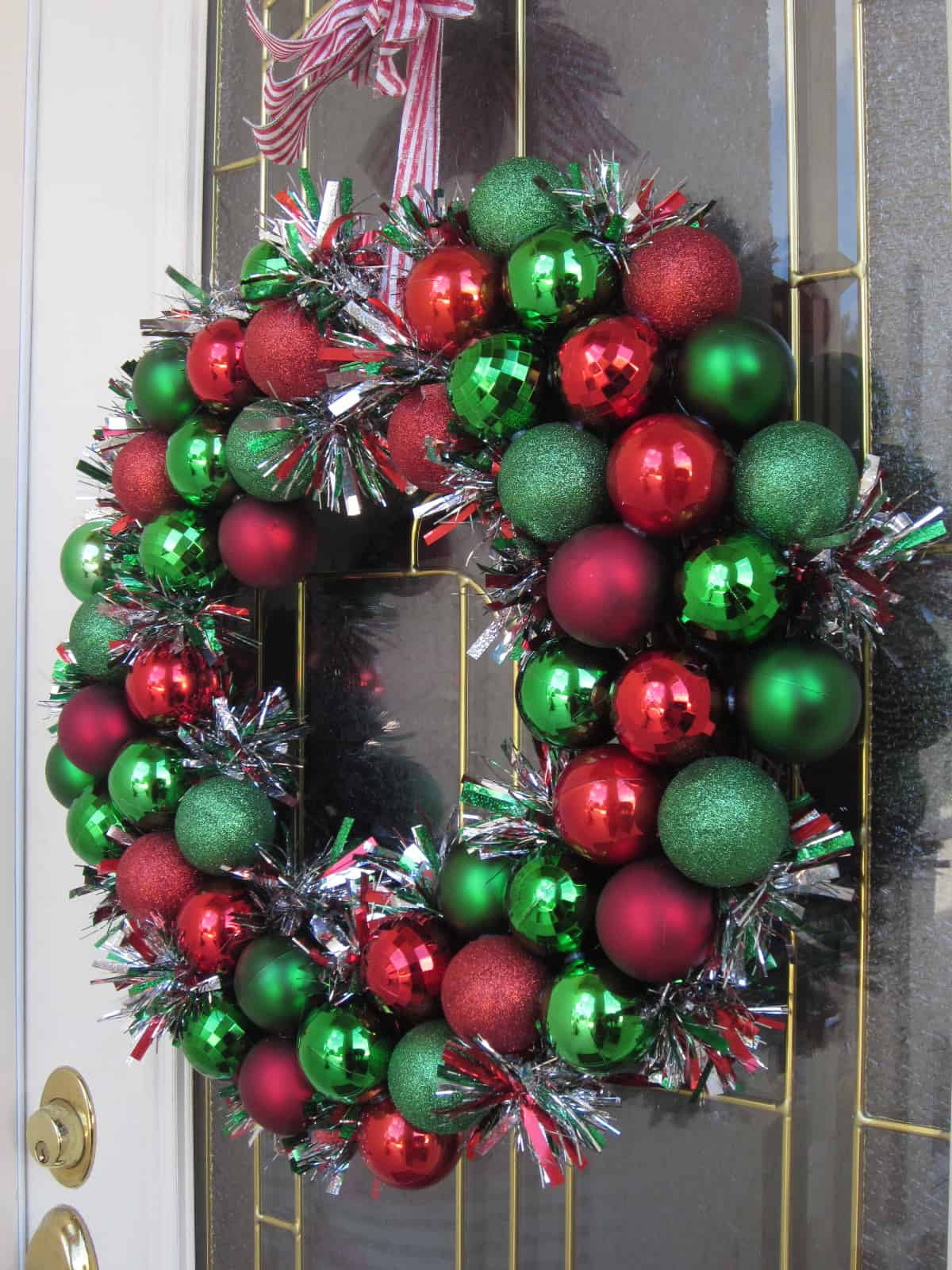 Bobbles and tinsel wreath