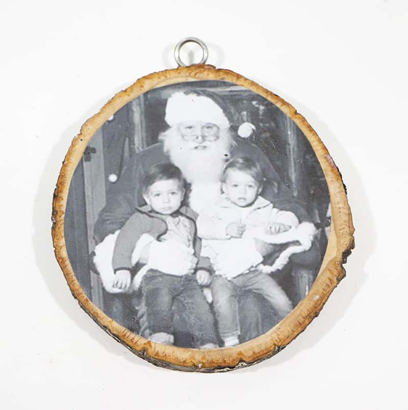 Diy wood slice ornament glue