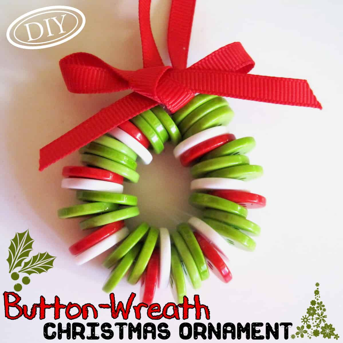Hanging button wreath christmas ornament