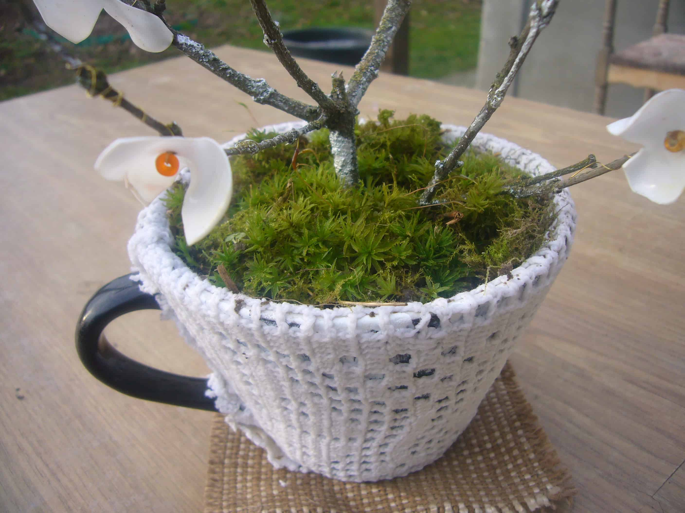 Lace decoupaged mug planter