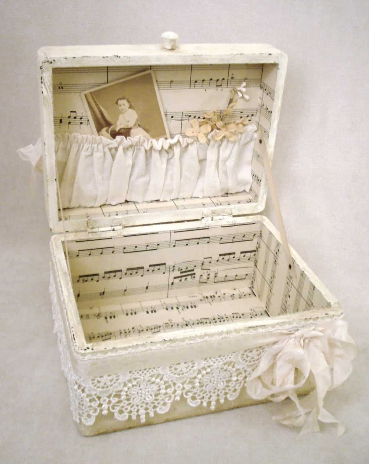 Lace trinket box with a sheet music lining