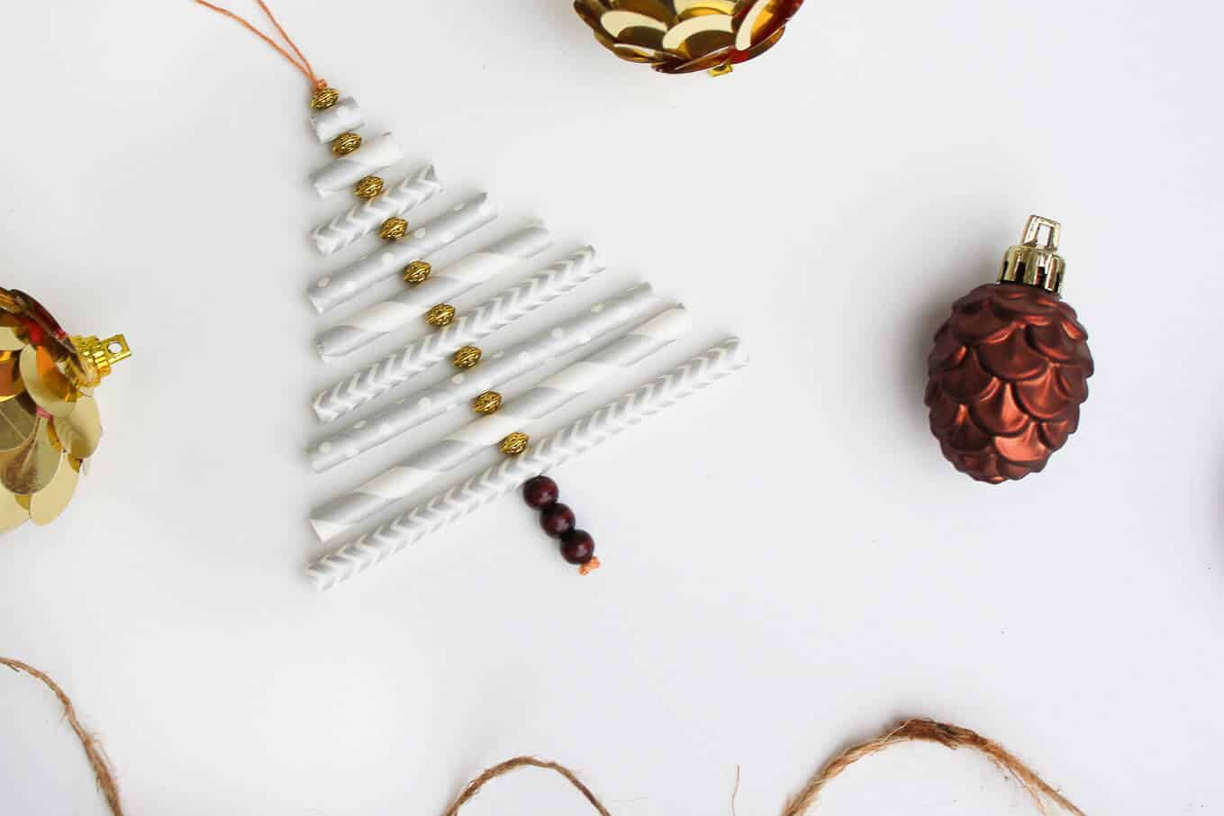Paper tube and bead christmas tree