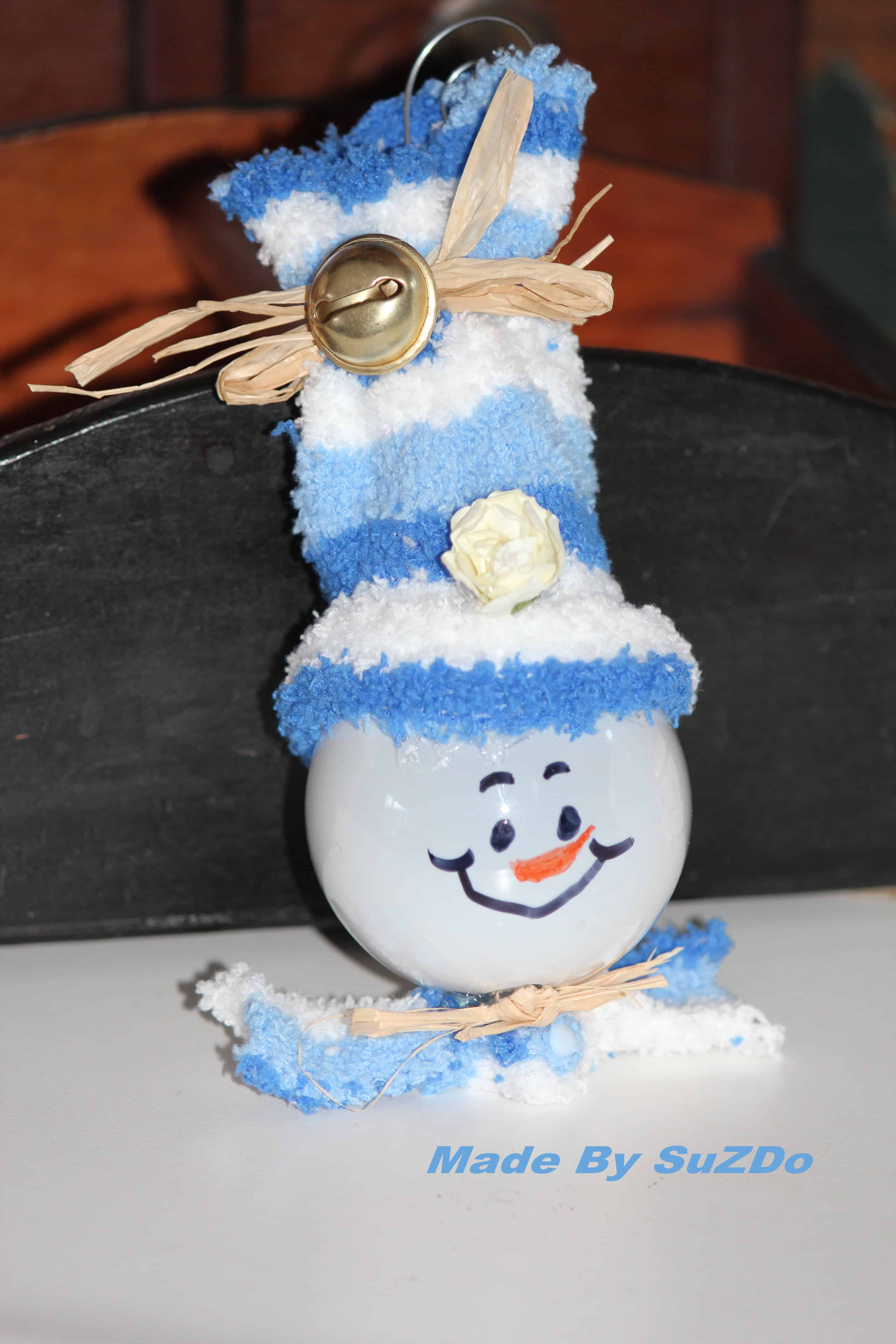 Recycled light bulb snowman