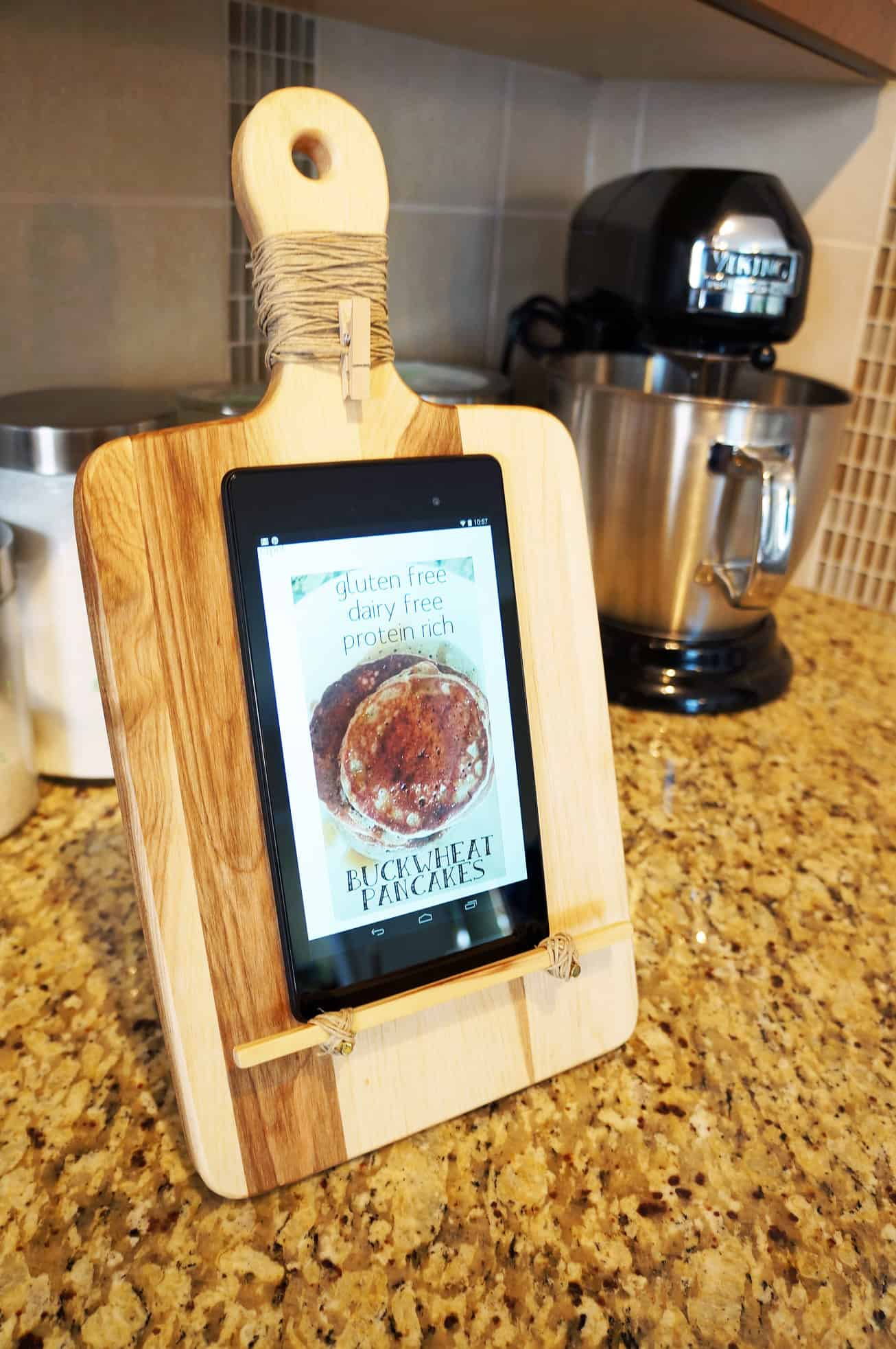 Tablet stand from an upcycled cutting board