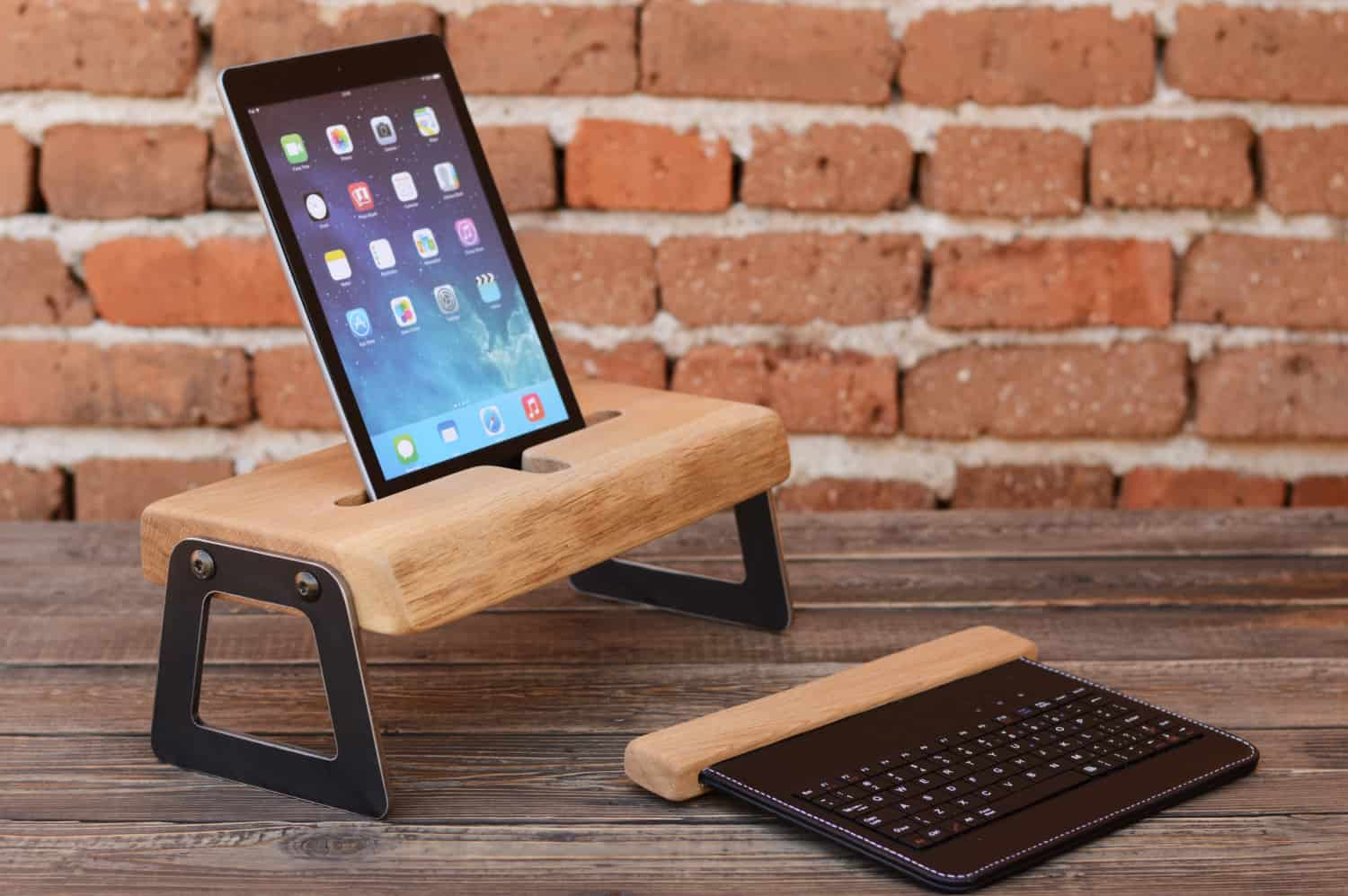 Wood and metal bracket tablet writing station