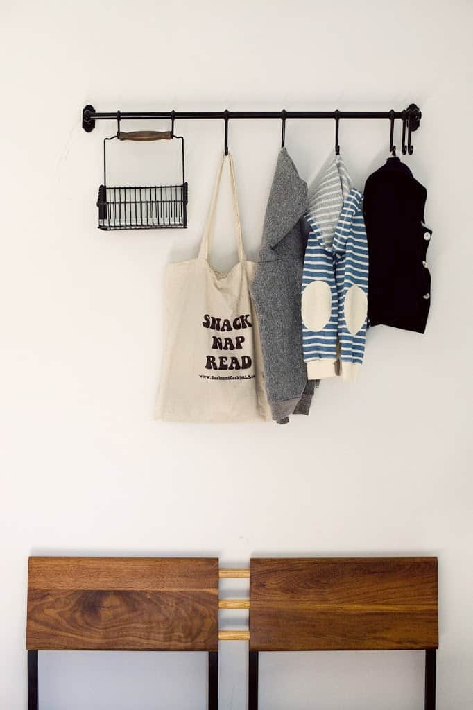 Diy rail rack for entryway