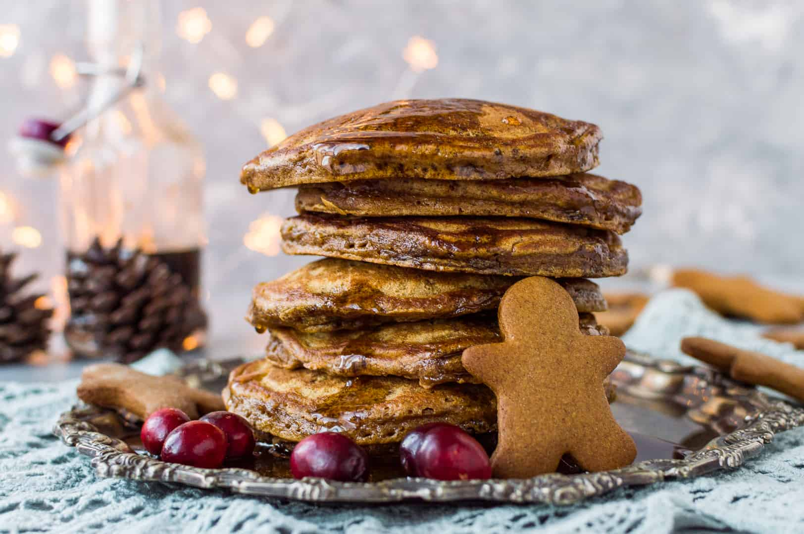 Gingerbread pancakes with gingerbread syrup