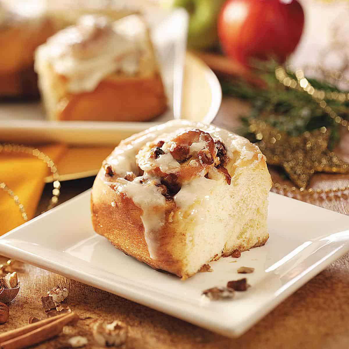 Apple pecan cinnamon rolls