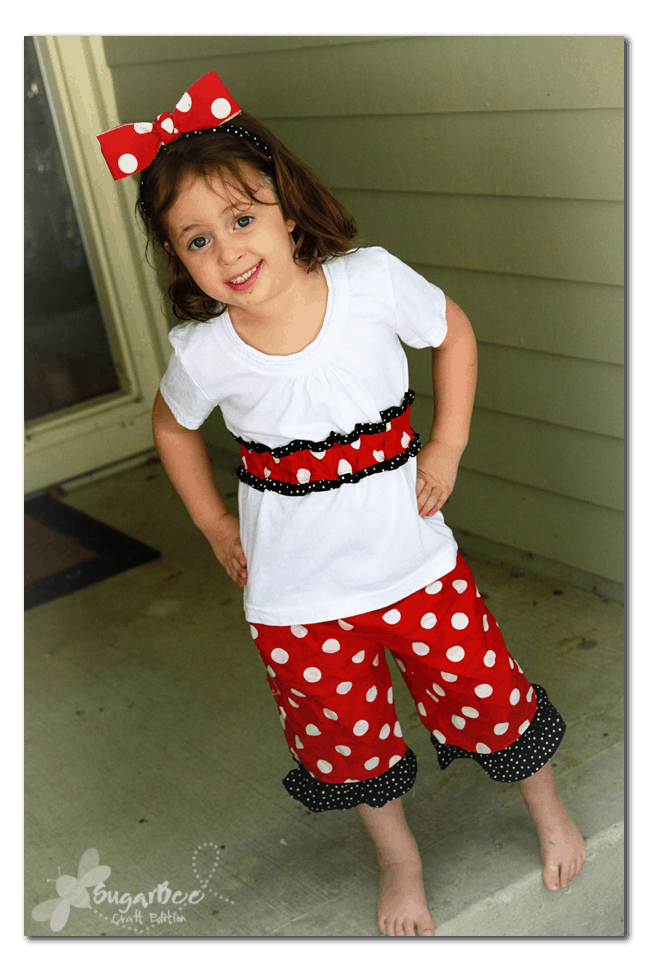 Ruffled minnie mouse outfit