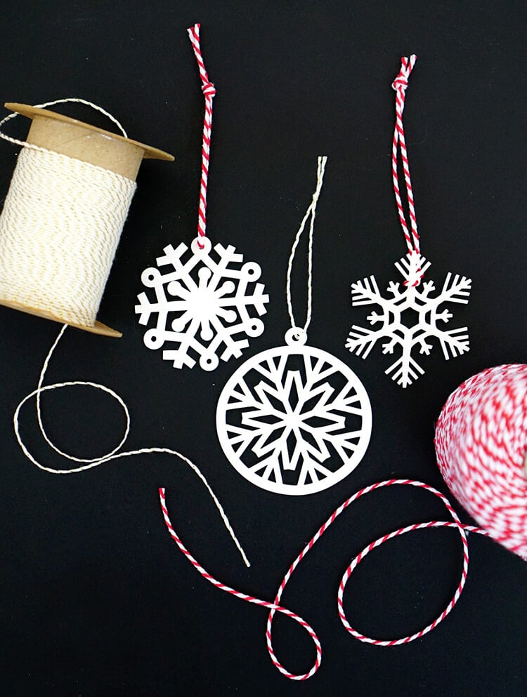 Shrinky dink snowflake ornaments with cricut
