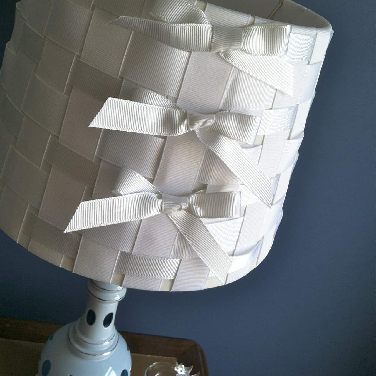 Woven ribbon and bow lampshade