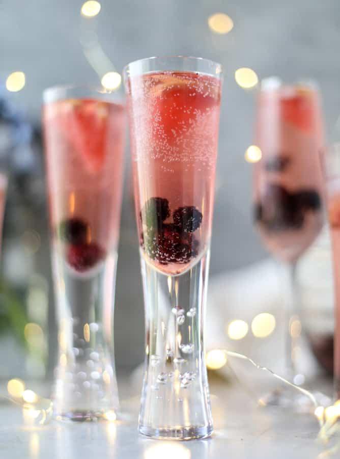 Blackberry champagne cocktail recipe