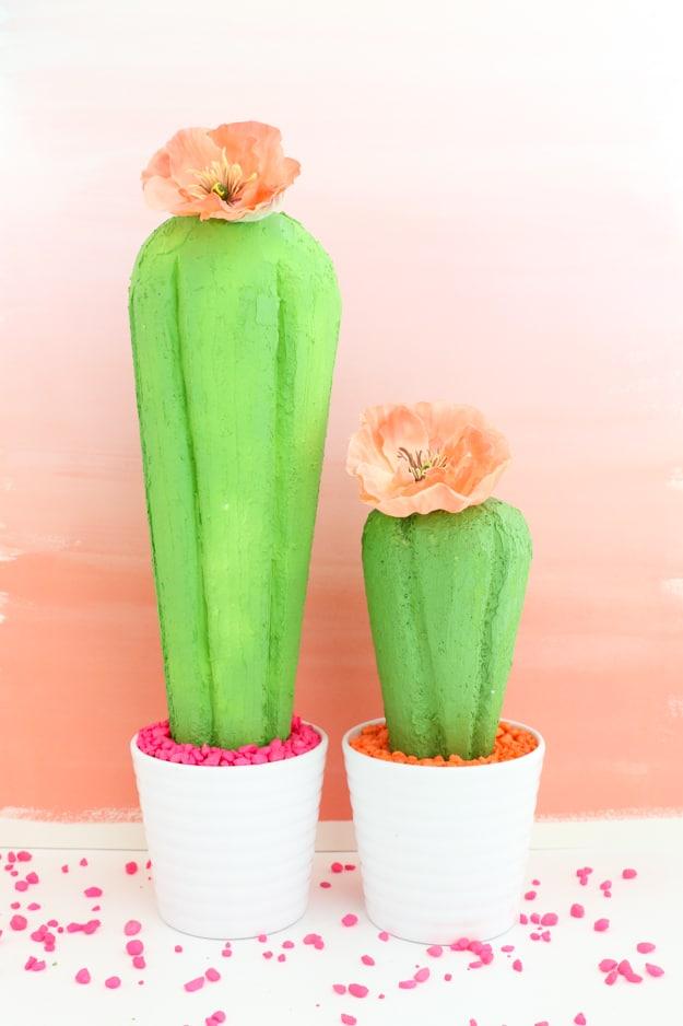 Cactus centerpiece diy