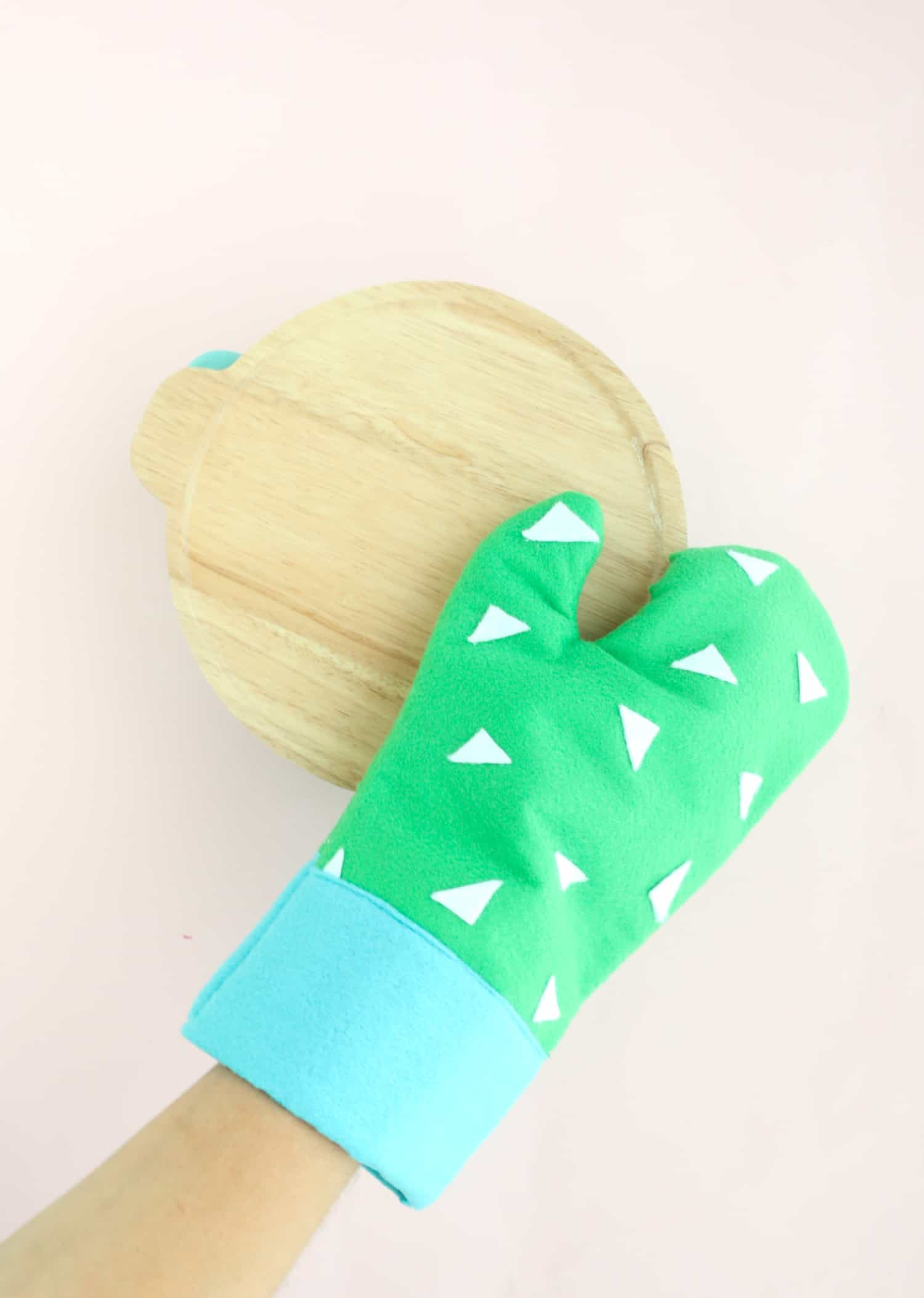 Diy cactus oven mitts