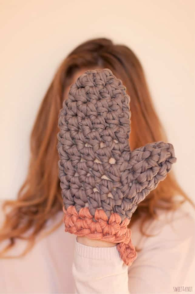 Diy knitted potholder