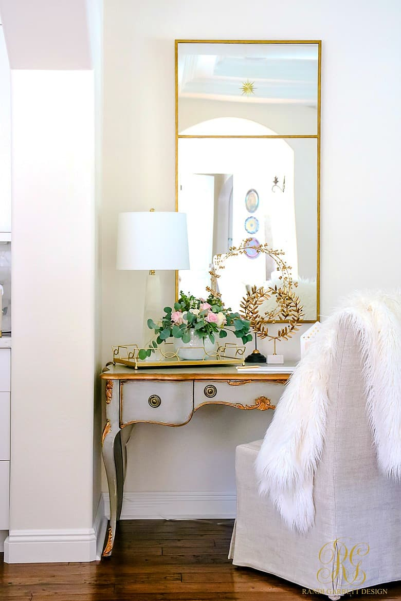 Vanity dressed with faux fur