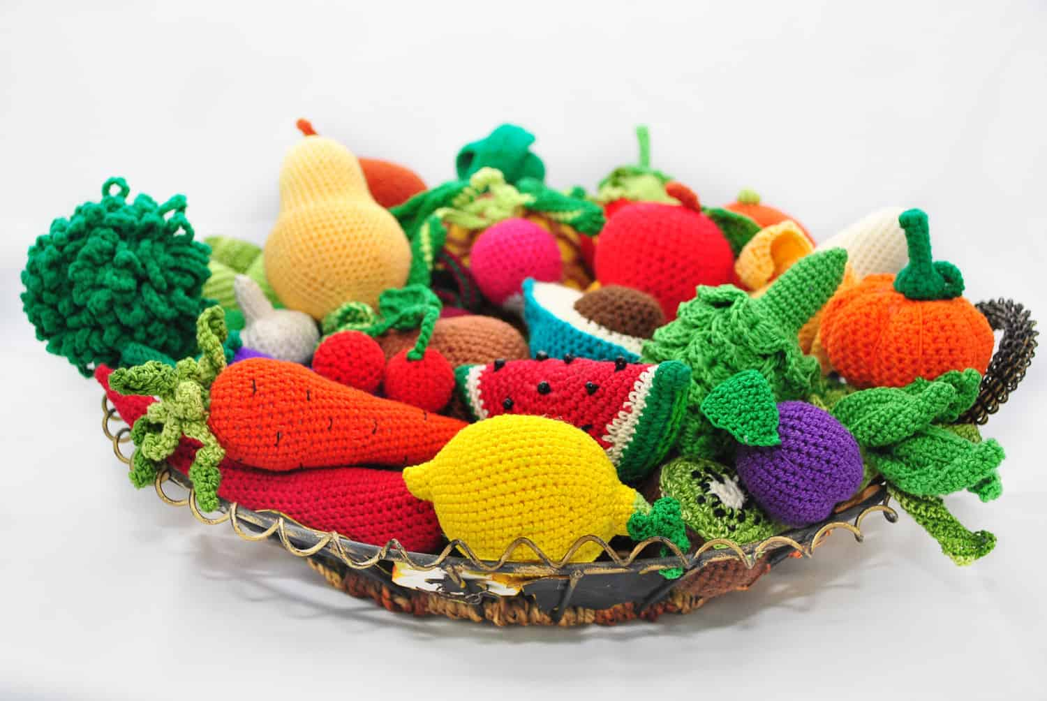 Crocheted fruit and veggie platter