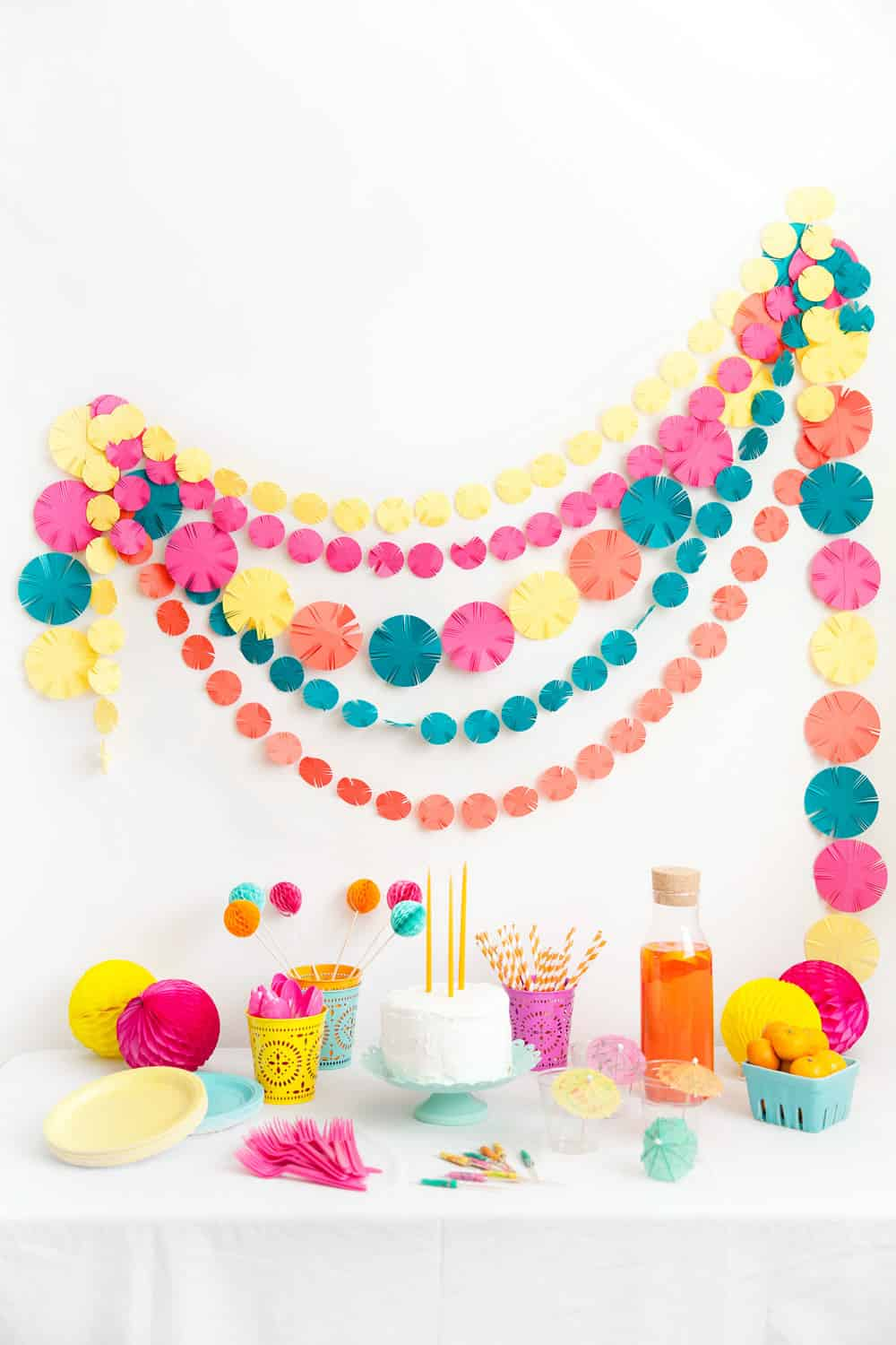 Fringed circle fiesta garland