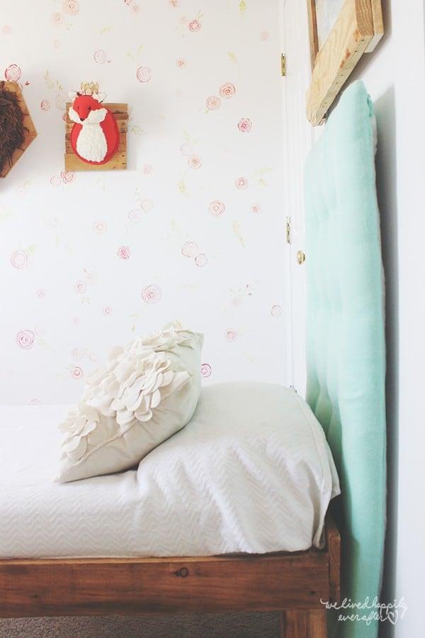 Floral wallpaper watercolor diy