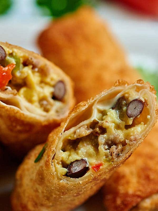 Breakfast egg roll