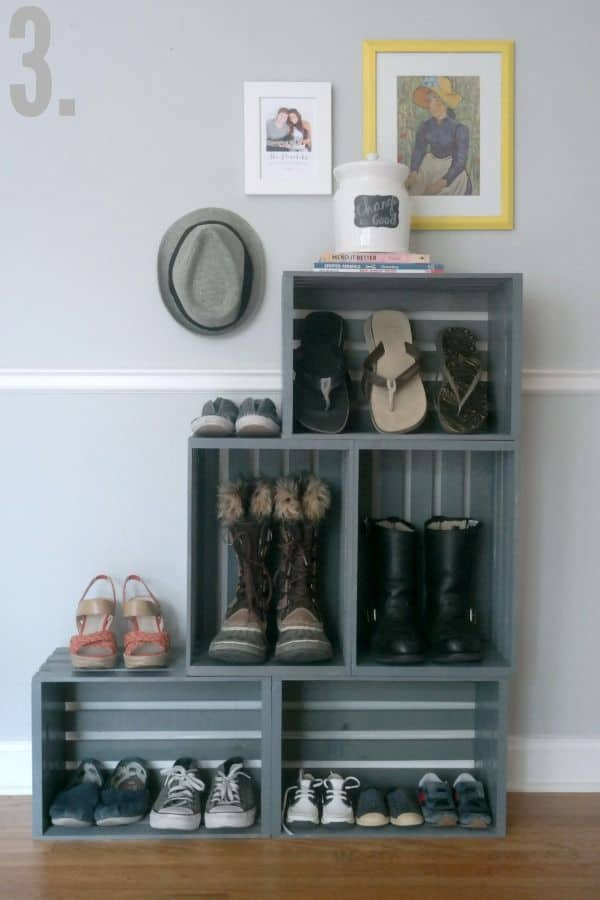 Wooden crates for shoes of all sizes