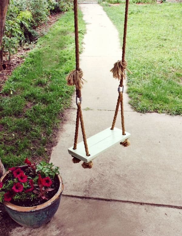 Classic rope and wood tree swing