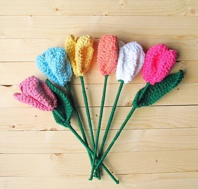 Crochet spring tulips