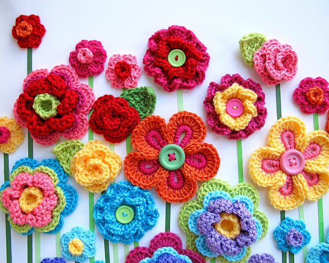 Crocheted button flowers