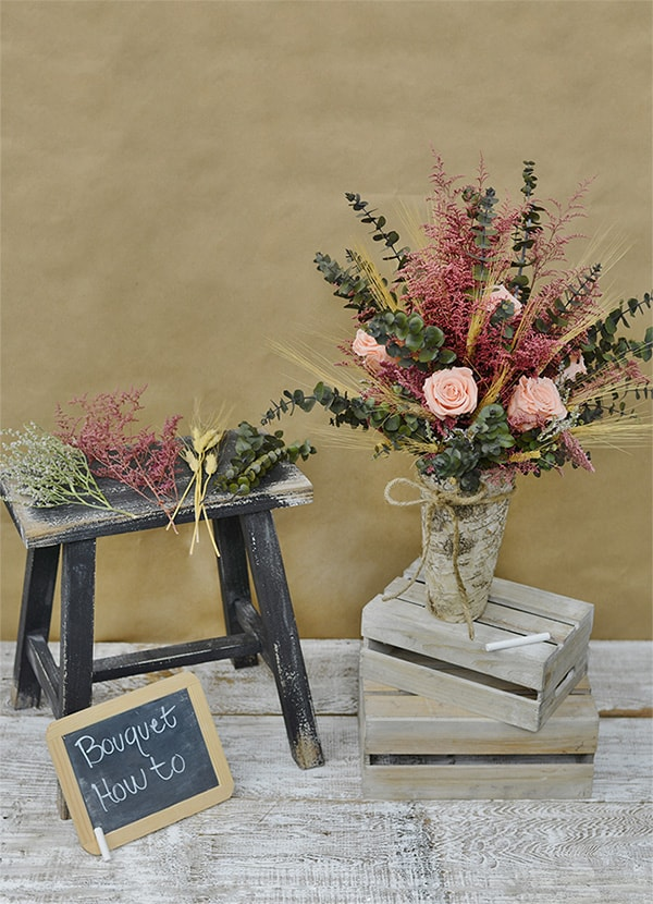 Dried flower bouquet arrangements