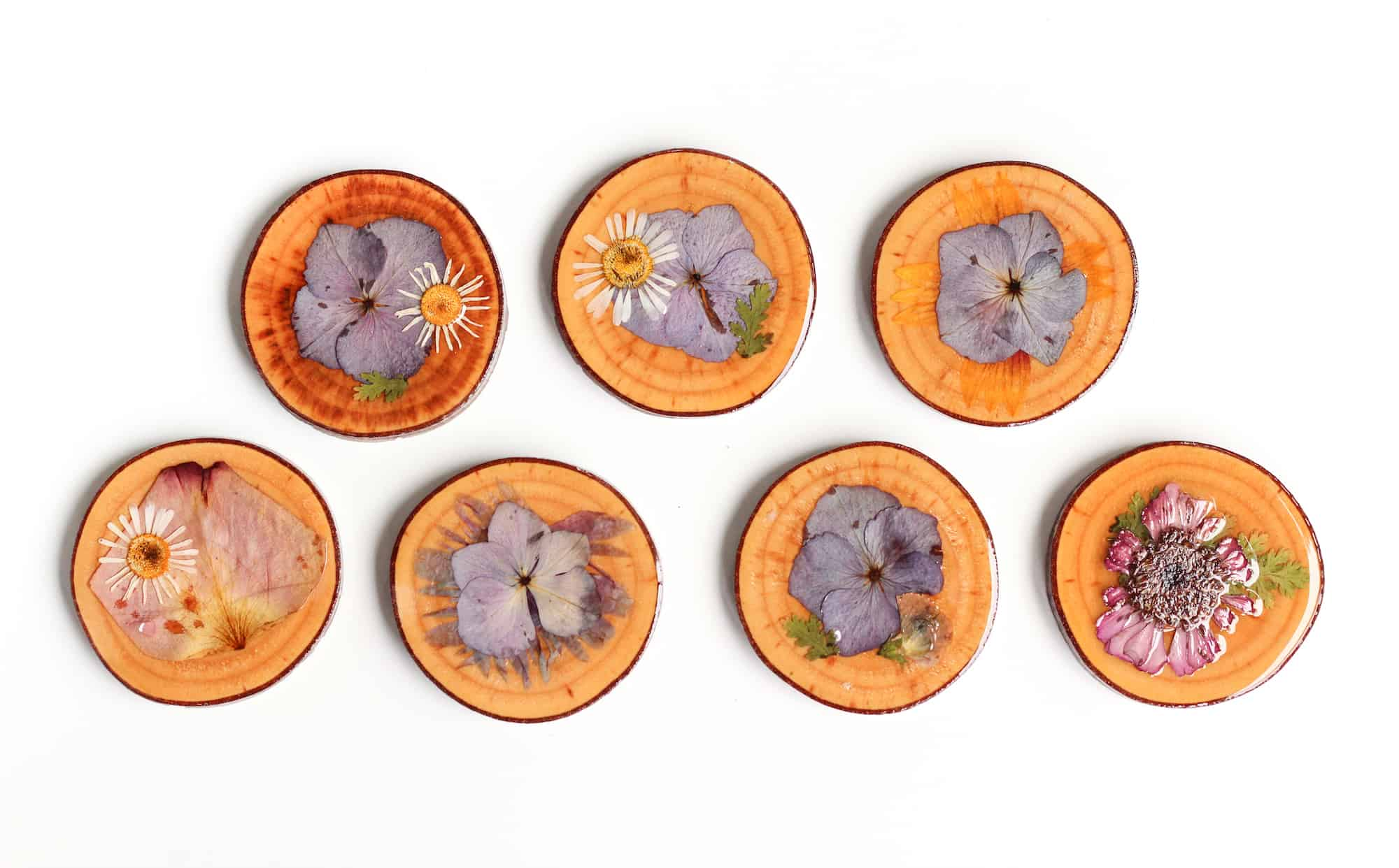Wooden dried flower coasters