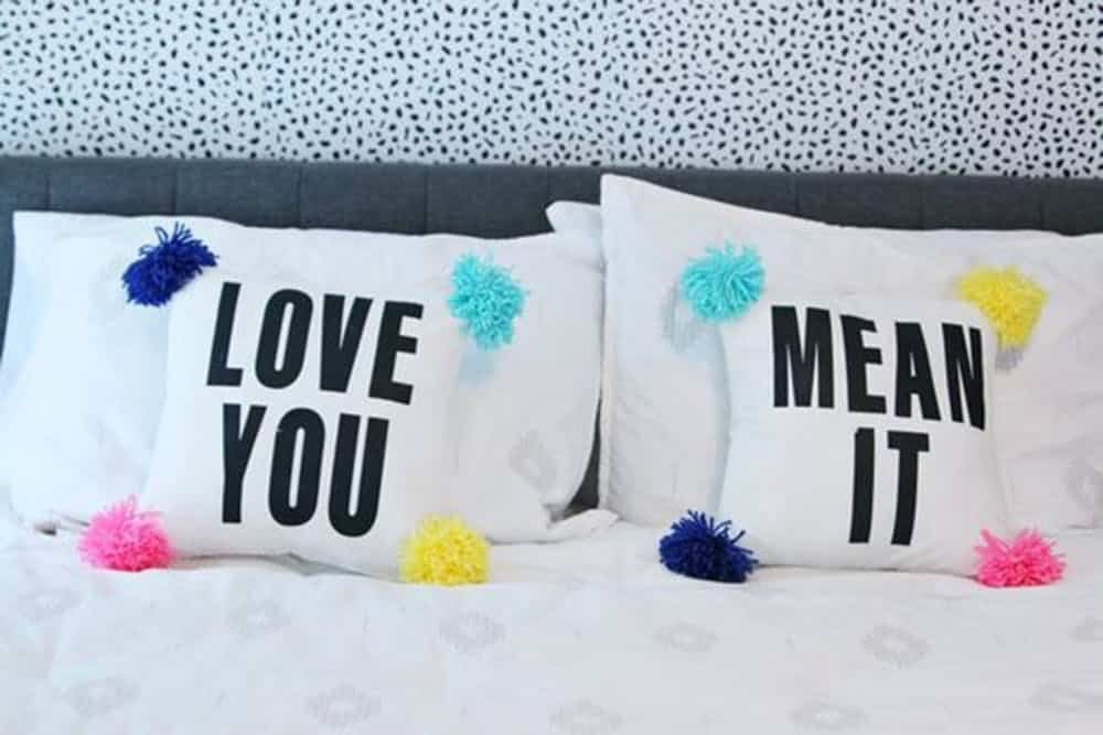 Couple throw pillow diy