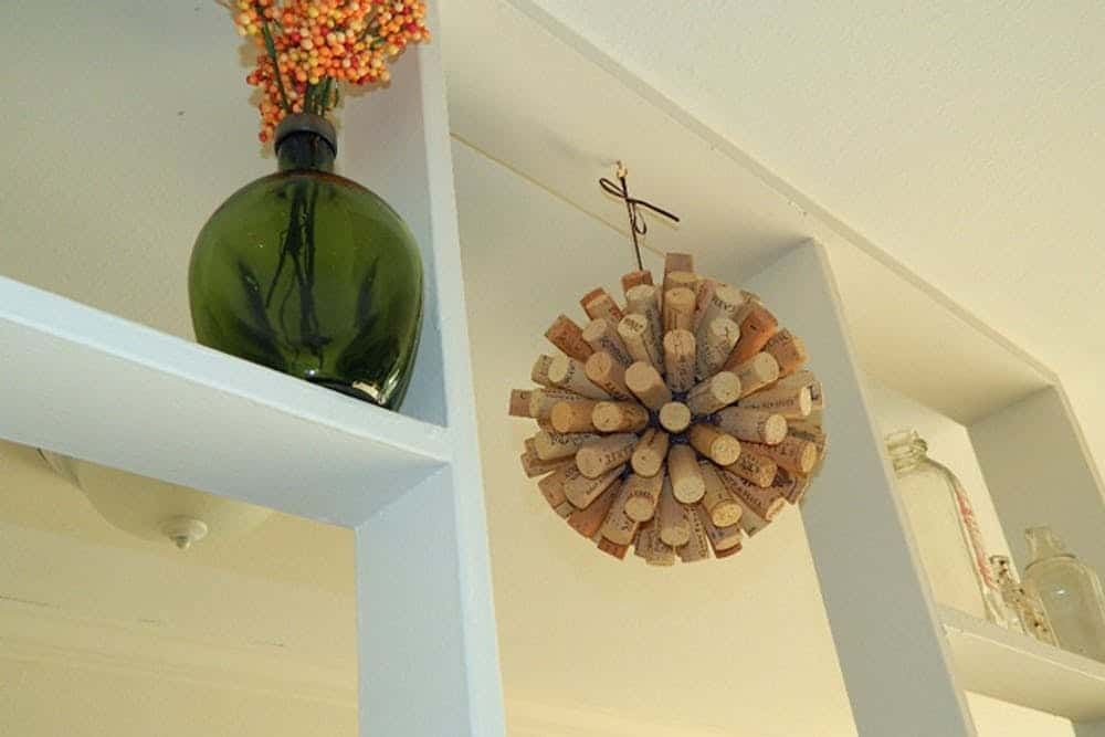 Diy decorative cork ball