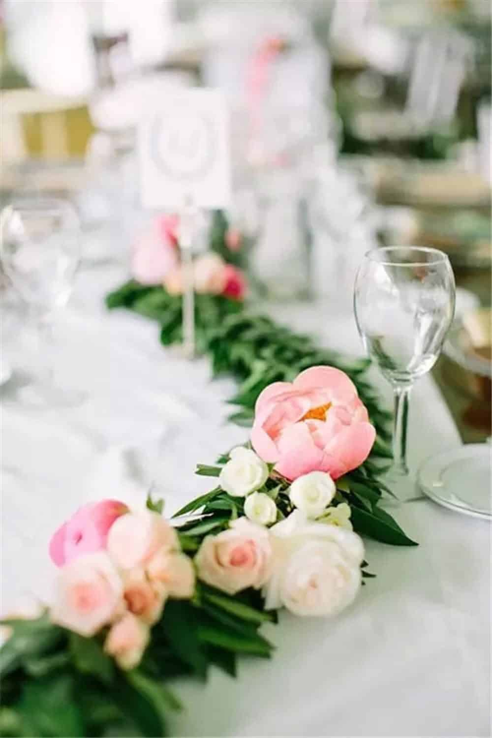 Diy flower garland for the table