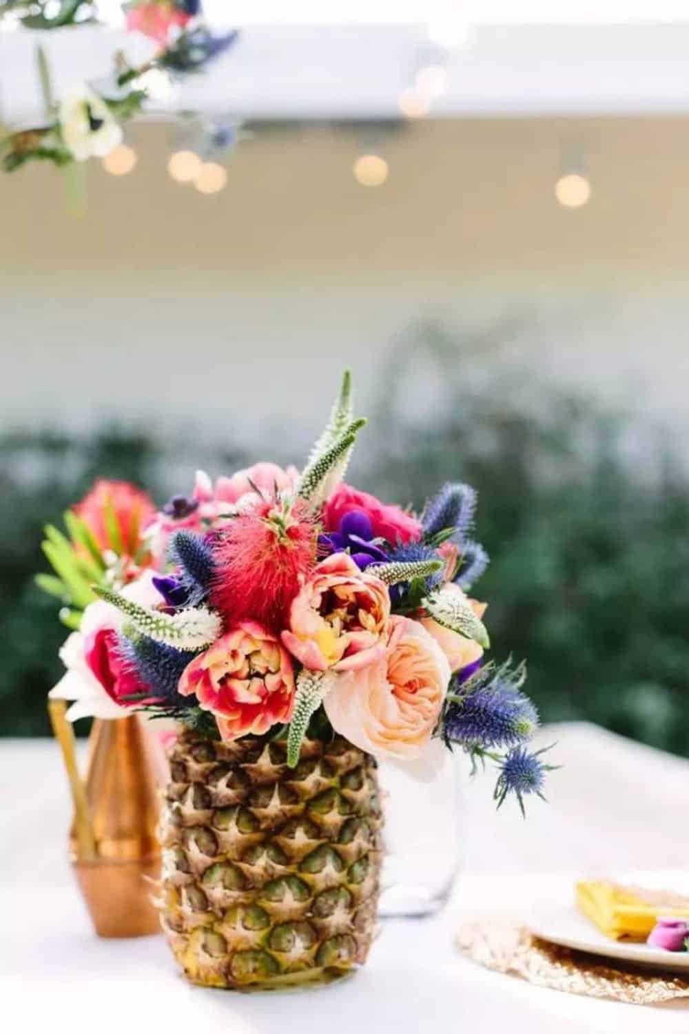Diy pineapple vases
