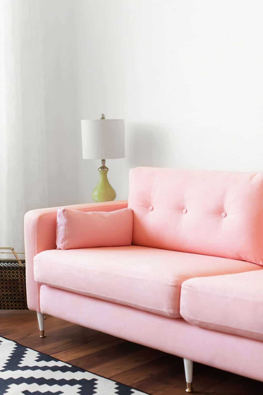 Dying a couch pink makeover diy