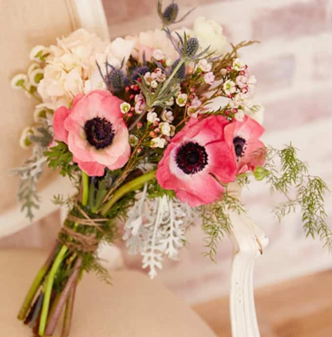 15 Wedding Bouquets You Can DIY Yourself!