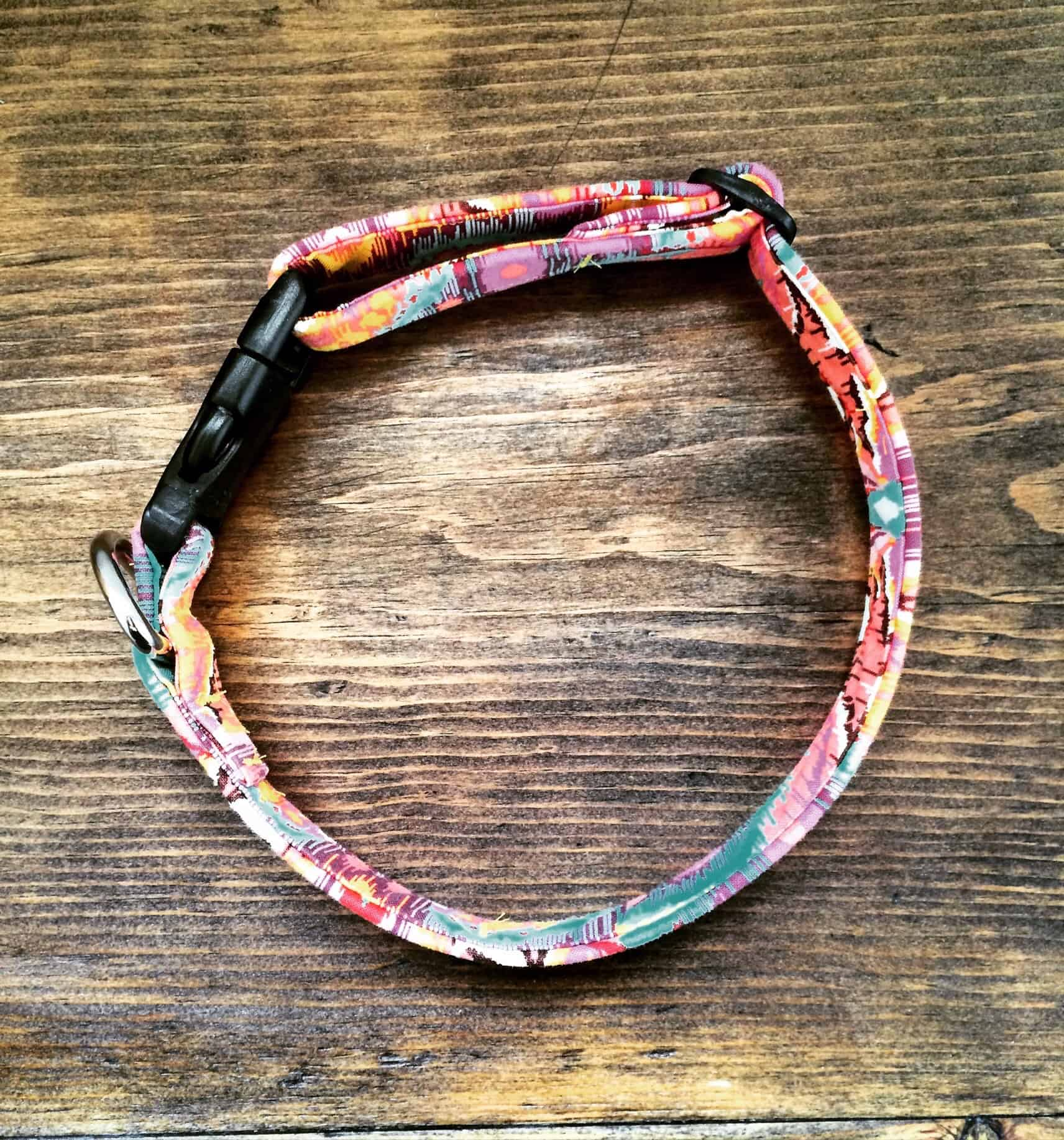 Diy adjustable scrap fabric dog collar