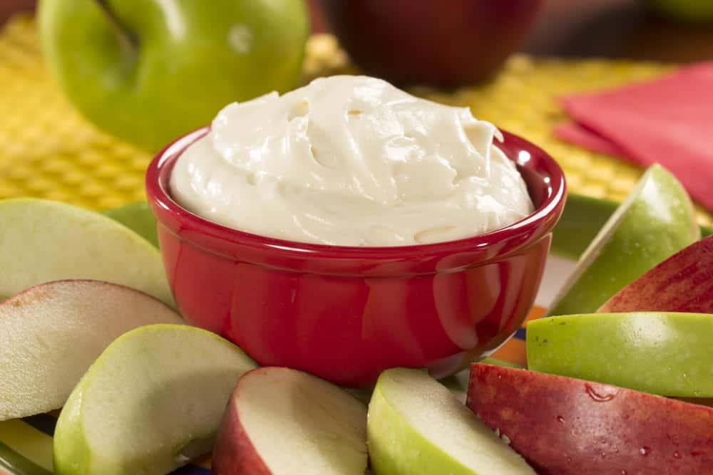 Fluffy cream cheese fruit dip