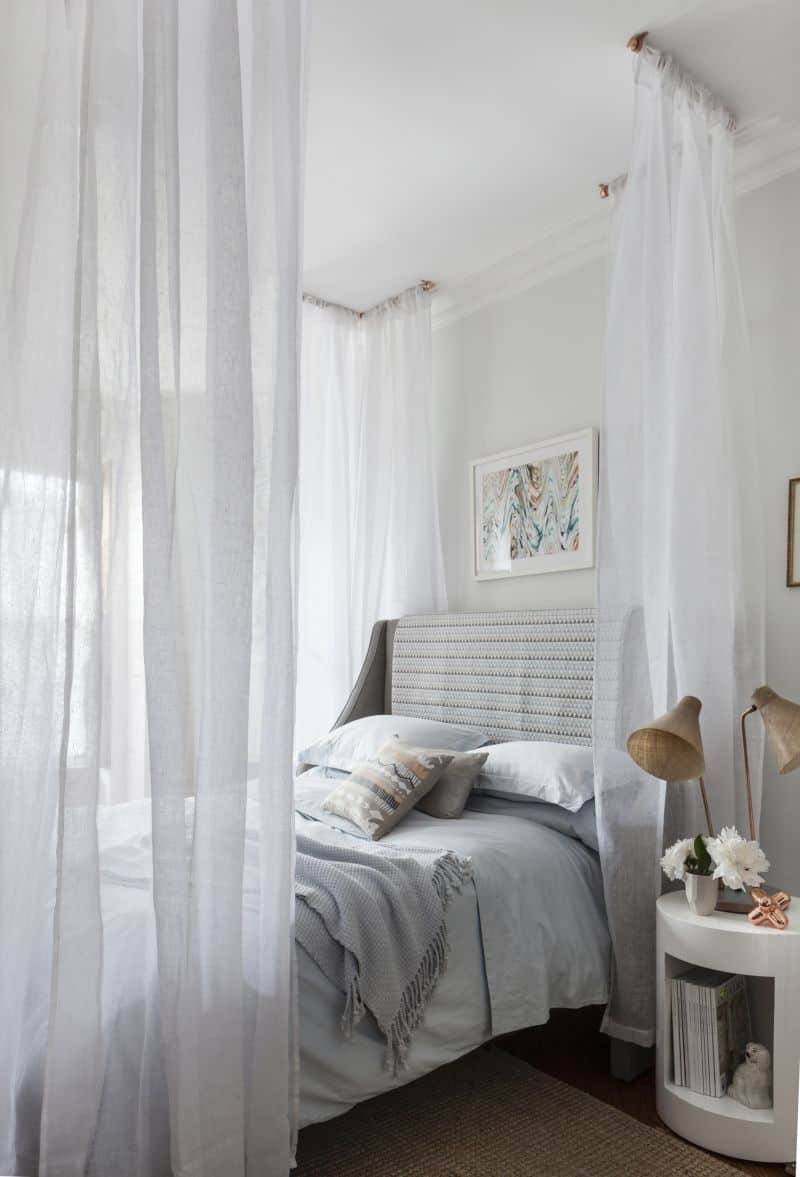 Diy old fashioned canopy bed