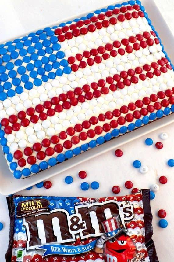 Mm flag cake