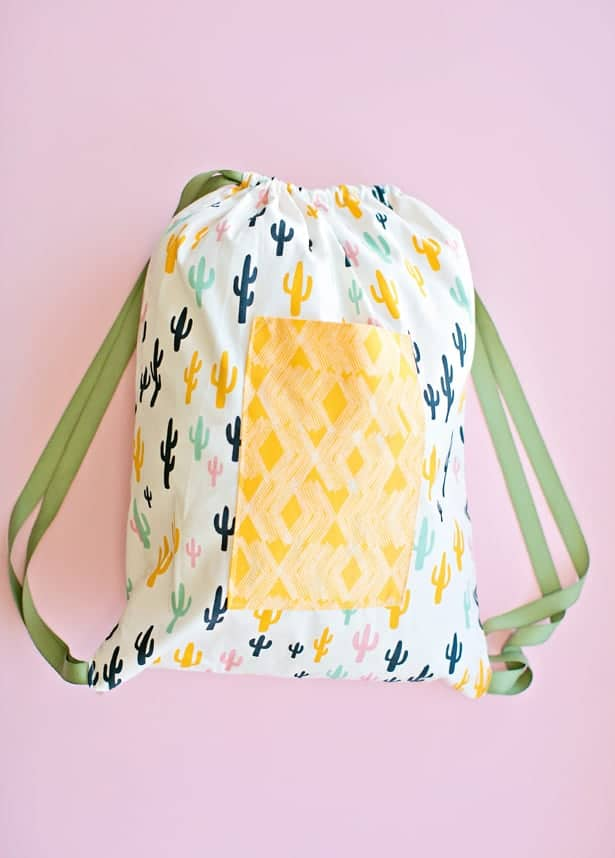 30 minute drawstring fabric backpack