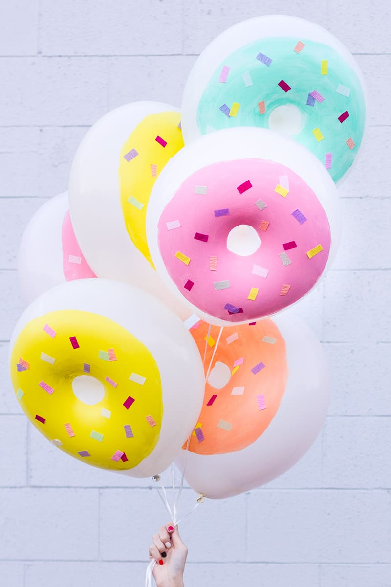 Adorable diy donut balloons
