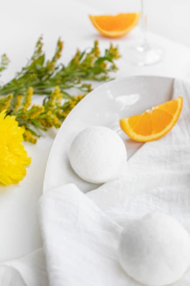 Diy mimosa bath bombs