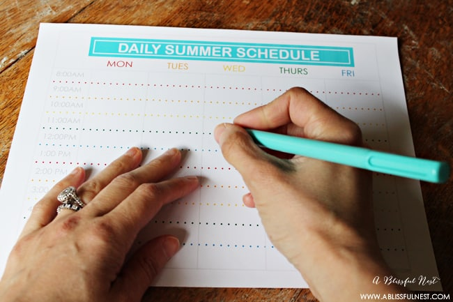 Free printable summer schedule via a blissful nest 001